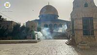 Bentrokan di Masjid Al-Aqsa